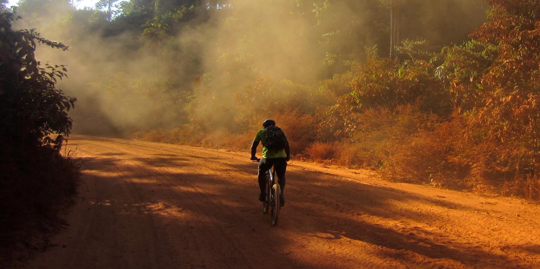 df745314b51 Fietsvakantie Suriname | fietsen door de wildernis in Zuid-Amerika | SNP