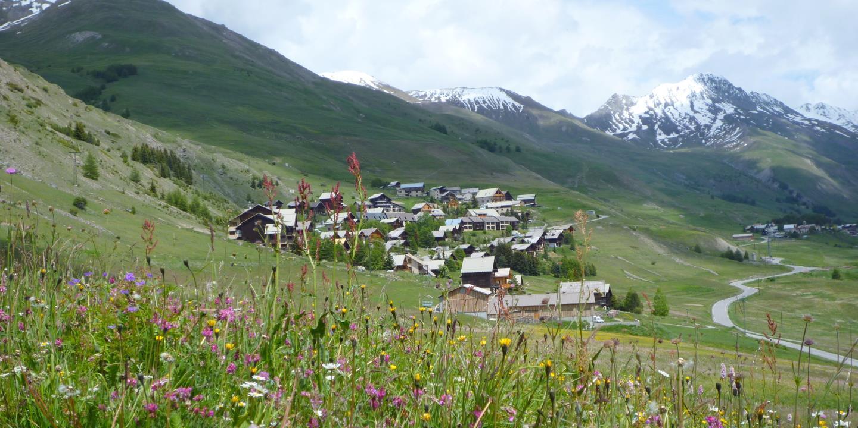 Queyras wandelvakantie wandelen langs hotels en berghut snp natuurreizen - Berghut foto ...