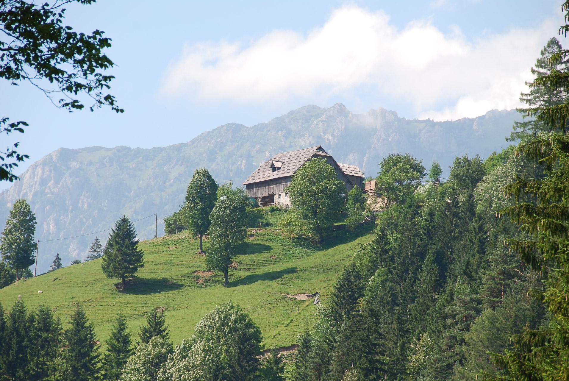 Wandelvakantie van Bovec naar Bohinj