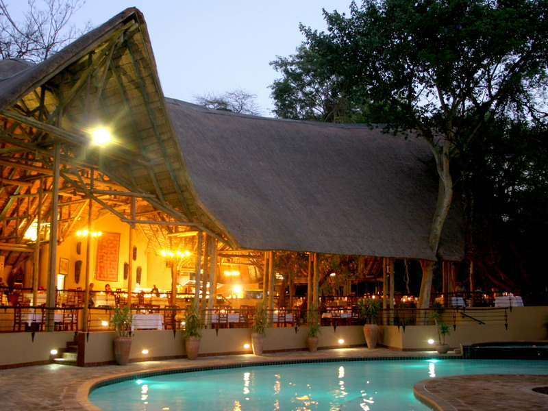 BW_Chobe_Safari_Lodge_02_WEB.jpg