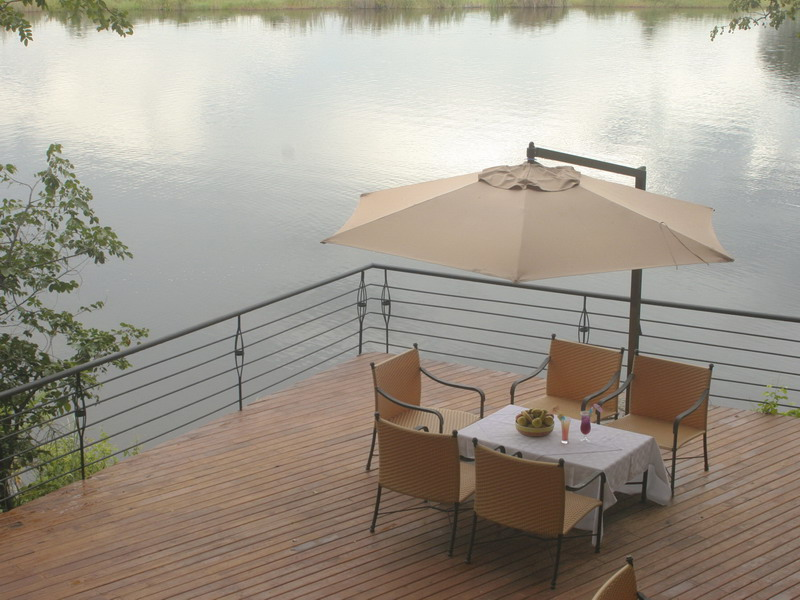 BW_Chobe_Safari_Lodge_07_WEB.jpg