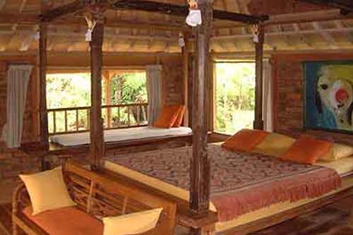 Prana_dewi_mountain_resort_room_int.jpg