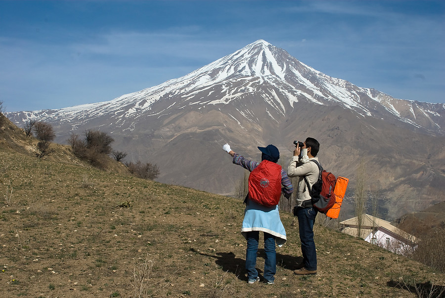 view_of_Mt_damavand_-_Nava.jpg