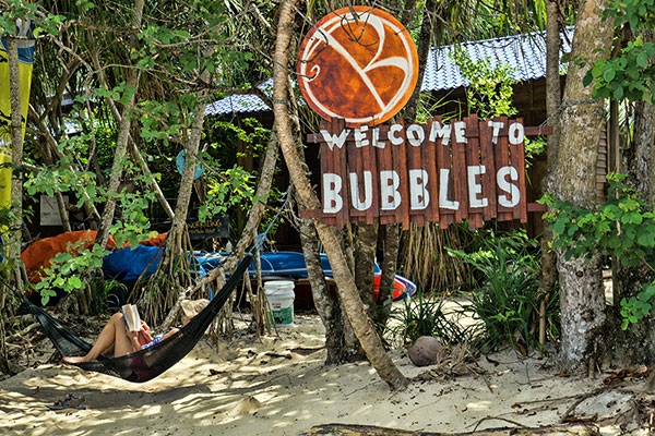 Bubbles_Dive_resort_welcome.jpg