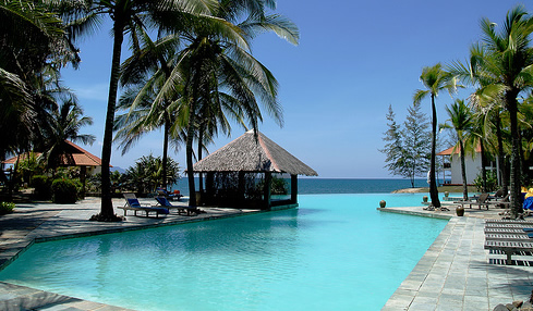Sutra_Beach_Resort_pool.jpg