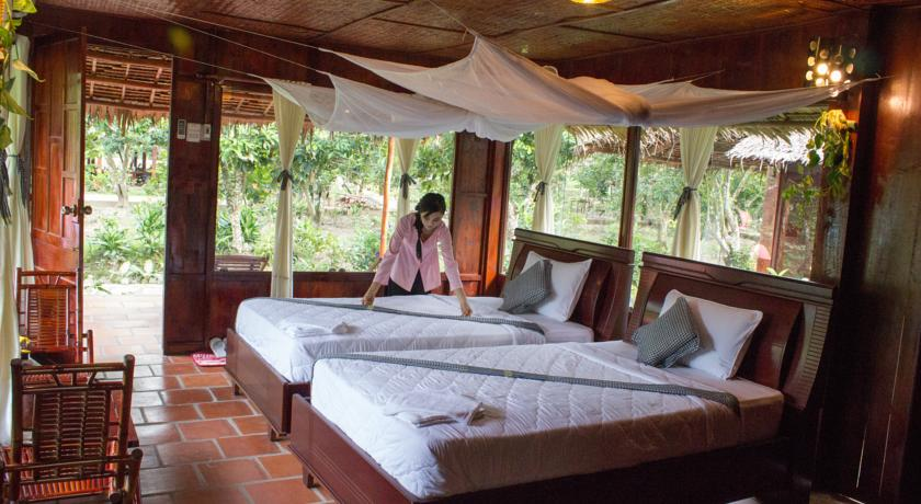 Mekong_Lodge_room.jpg