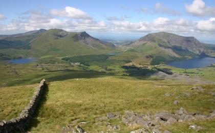 view_from_rhyd_ddu_path.jpg