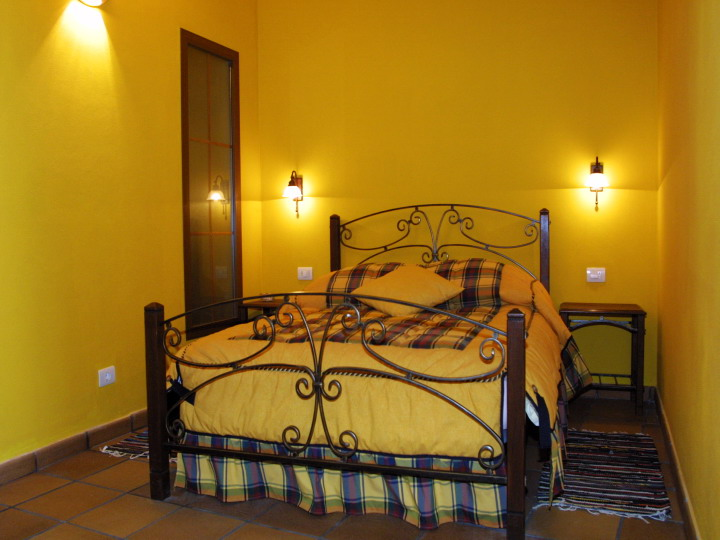 La-Palma-Romantica-Double-Yellow-1.jpg