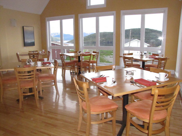 neddies-harbour-inn-restaurant.jpg
