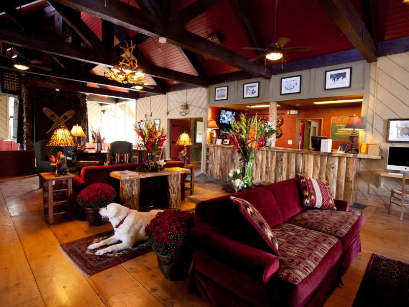 sierra-nevada-lodge-lobby.jpg