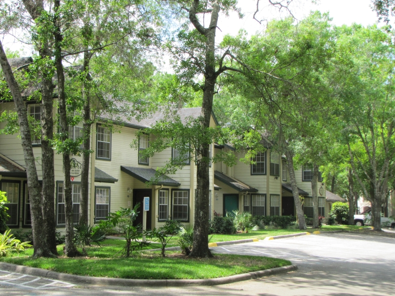 223_Oak_Plantation,_Kissimmee_ext.jpg