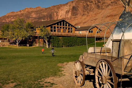 red_cliffs_lodge_2.jpg