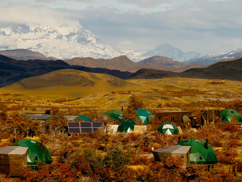 CL_Ecocamp_community_dome_exterior_WEB.jpg